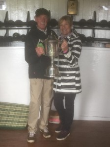 2019 Presidents cup winners Alan & Sue